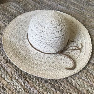 👒 Lace Summer Hat